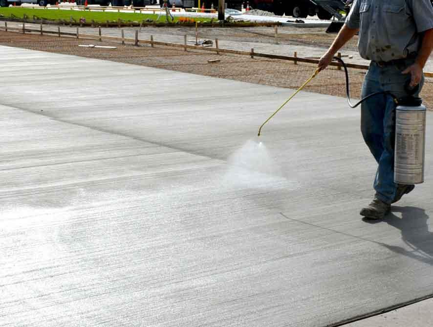 pengecoran beton musim panas